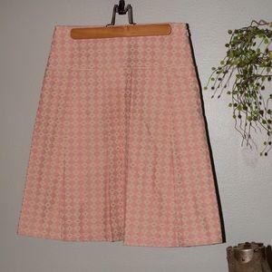 Pink pattern kick pleat skirt